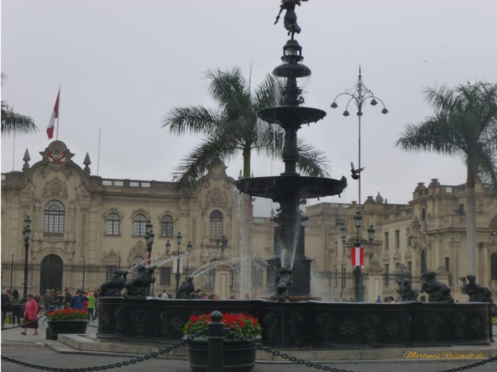 schöner Brunnen - der Nullpunkt Limas