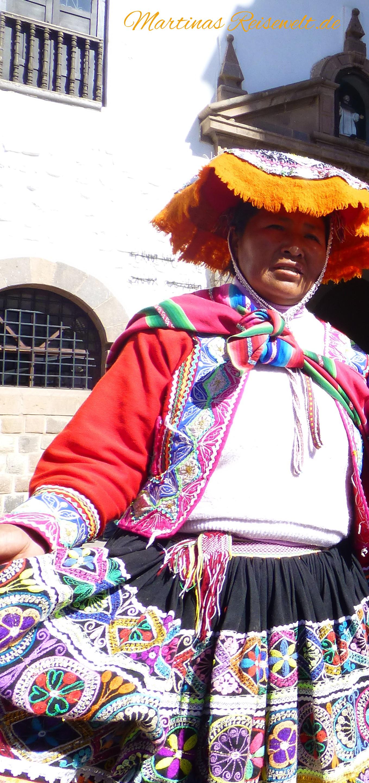 Indigena in Tracht