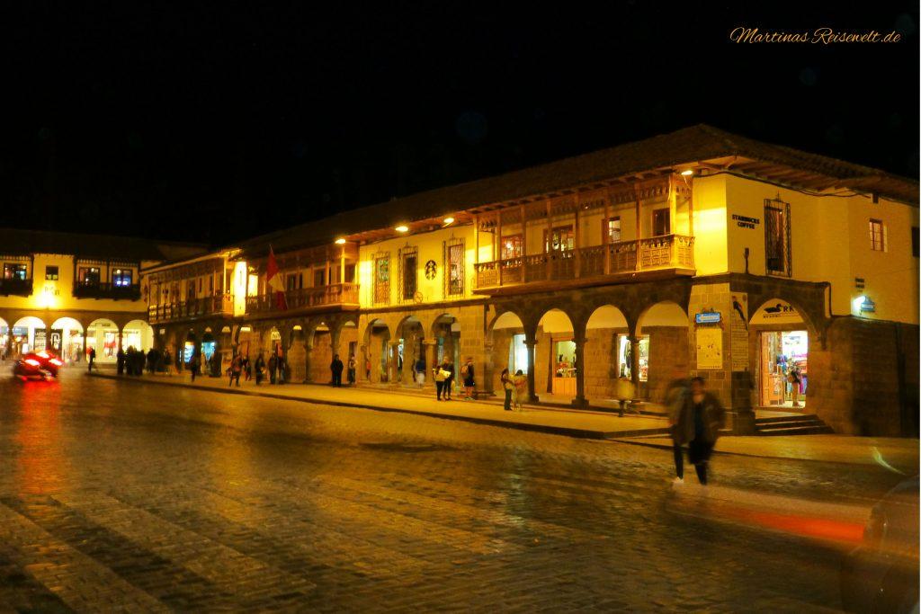 Plaza de Armas am Abend