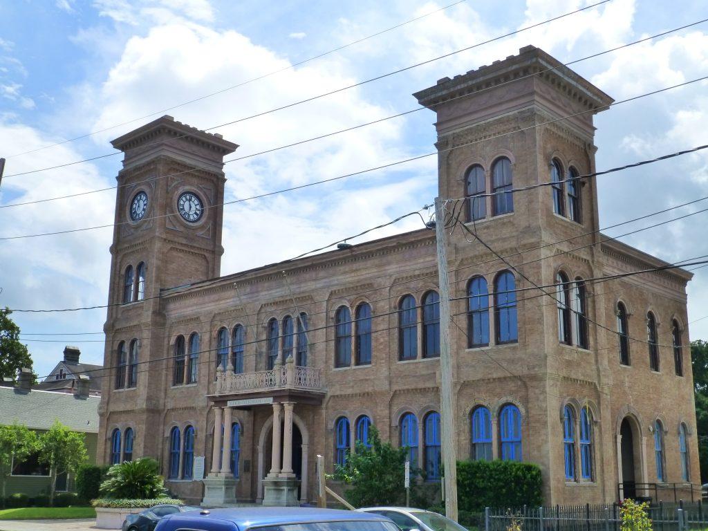 das Gerichtsgebäude