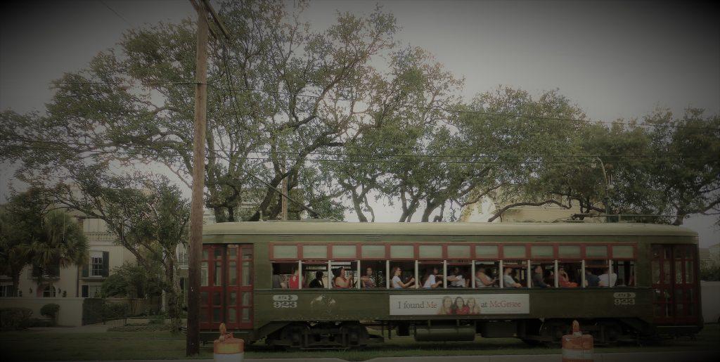 Street Car Green Line, eine histrorische Straßenbahn, wie der Name schon sagt, sie ist grün
