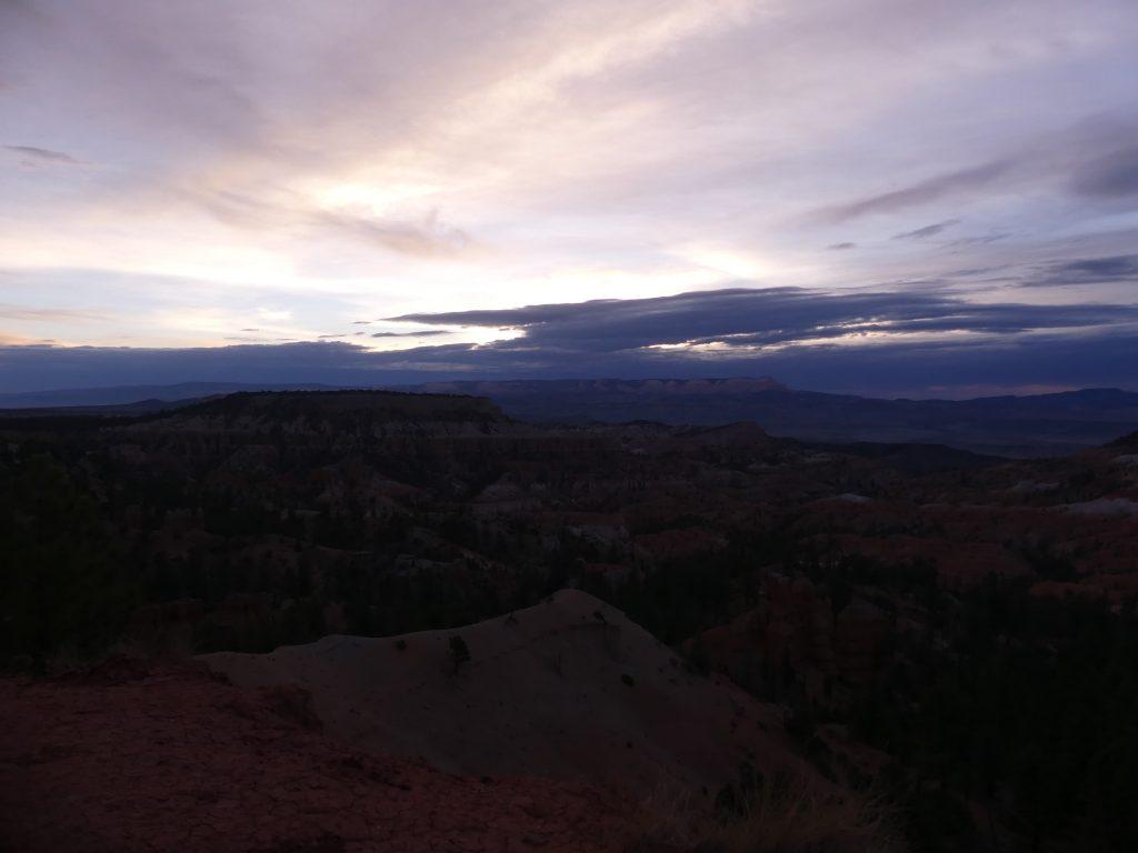 Bryce Canyon, wir warten auf die Sonne
