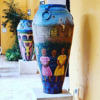 Auch der Innenhof im #casadelosvenados ist hübsch gestaltet. . . . #valladolidyucatan #valladolid #yucatanpeninsula #yucatanmexico #yucatan #kunstsammlung #mexicanart #entdecken #travelinspiration #travelblogger #reisebloggerin #reiseblog #martinasreisewelt
