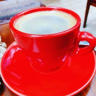 ... und zwischendurch eine gute Tasse mexikanischen Hochlandkaffee.😍😍😍 . . . #kaffee #kaffeepause #rot #tasse #valladolidyucatan #valladolidmexico #valladolid #instamexico #reisebloggerin #mexikoreise #reisefotografie #martinasreisewelt