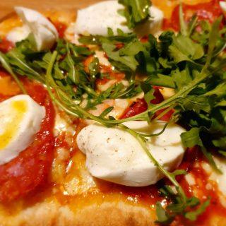... und eine super Pizza gibt's auch noch dazu.🙂🙂🙂  #pizza